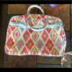 Handbags - NWOT makeup bag